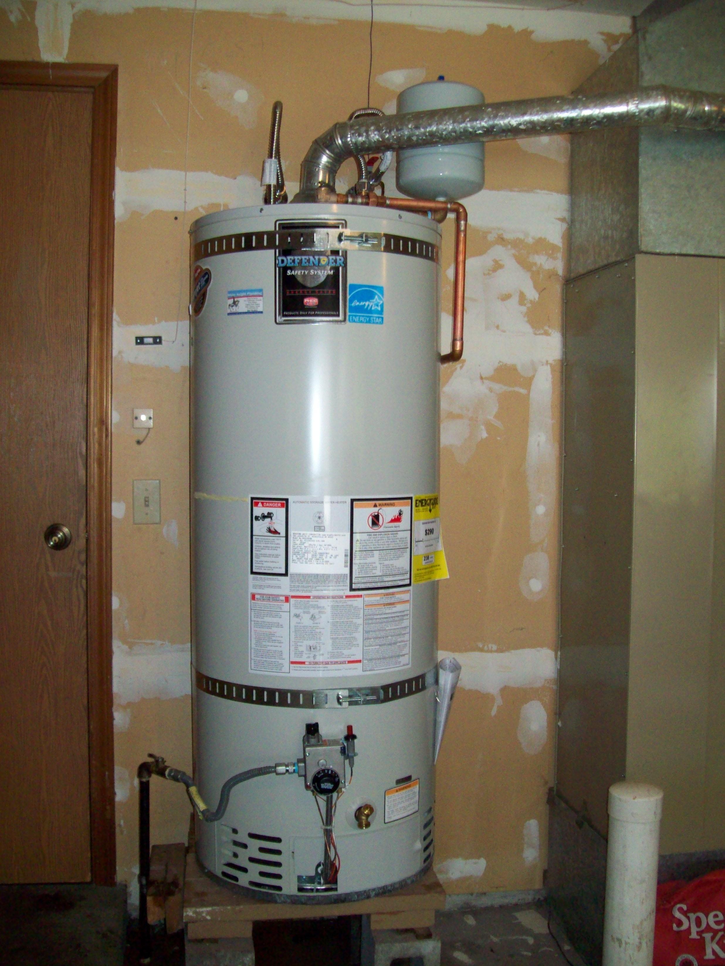 Bradford Water Heater >> Bradford White 50 Gallon Natural Gass Water Heater White